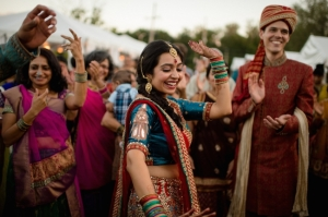 indian-wedding-baraat-dancing