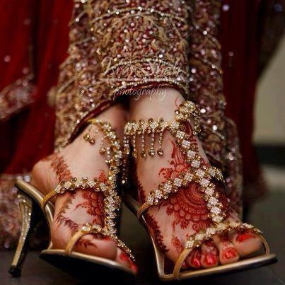 Designer-Bridal Shoes For Indian-Bride