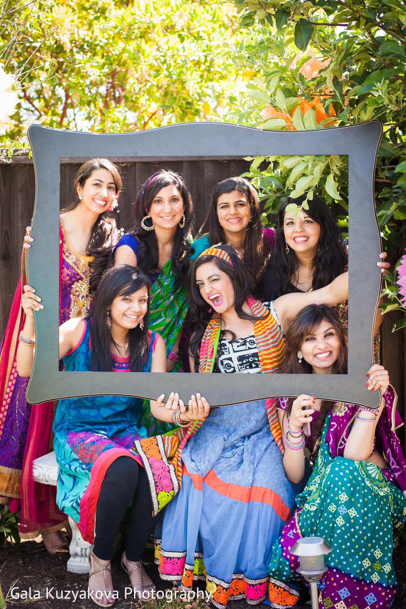 Retro Theme Party Dress Indian. Theme Party Dress Indian